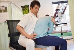 うらやま接骨院慢性腰痛・ぎっくり腰オステパシー療法|米沢市むち打ち・腰痛・手足のしびれ・関節の痛み・骨盤矯正・痛くない背骨の矯正オステオパシー・肩こり・頭痛