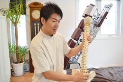 うらやま接骨院骨盤矯正の流れ3|米沢市むち打ち・腰痛・手足のしびれ・関節の痛み・骨盤矯正・痛くない背骨の矯正オステオパシー・肩こり・頭痛